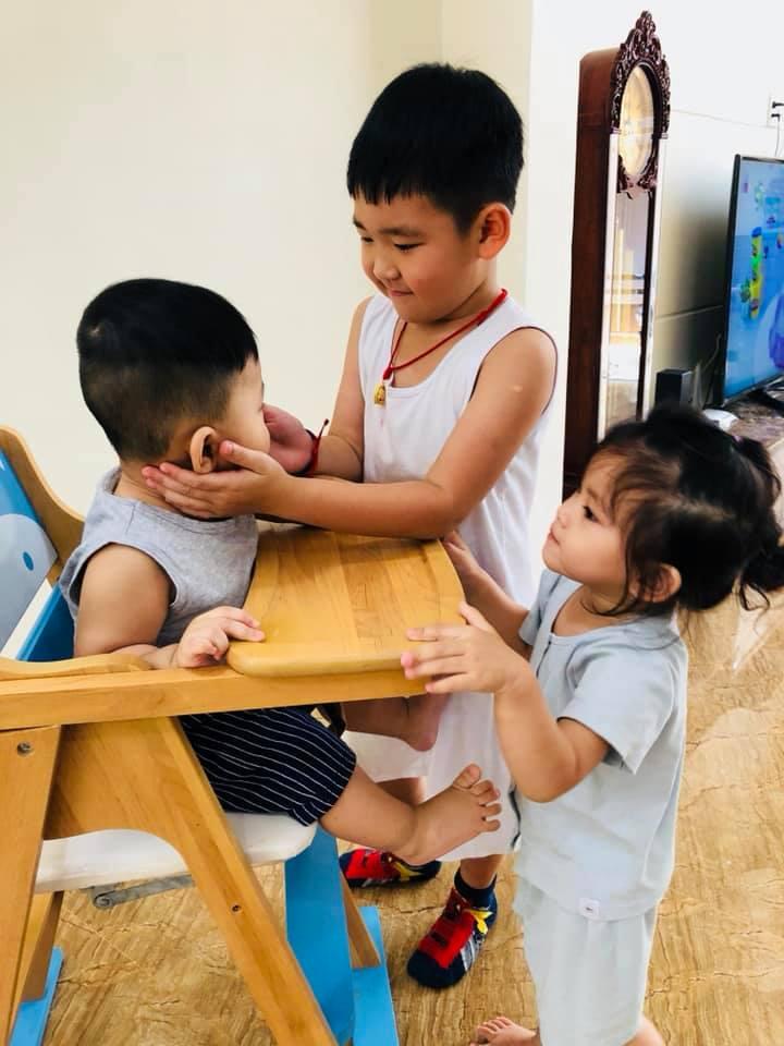Thành Đạt nói chuyện con chung con riêng: 'Đừng vì cơm áo gạo tiền, mà sân si, ích kỷ, anh em chia rẽ...' - Ảnh 2