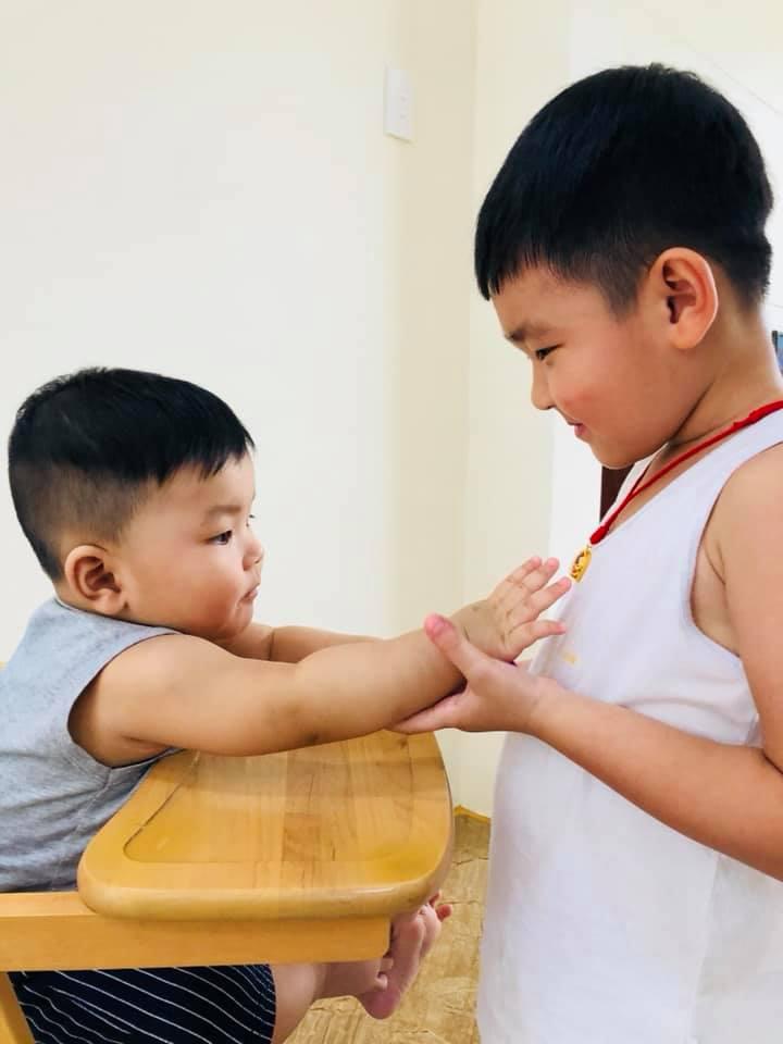 Thành Đạt nói chuyện con chung con riêng: 'Đừng vì cơm áo gạo tiền, mà sân si, ích kỷ, anh em chia rẽ...' - Ảnh 3