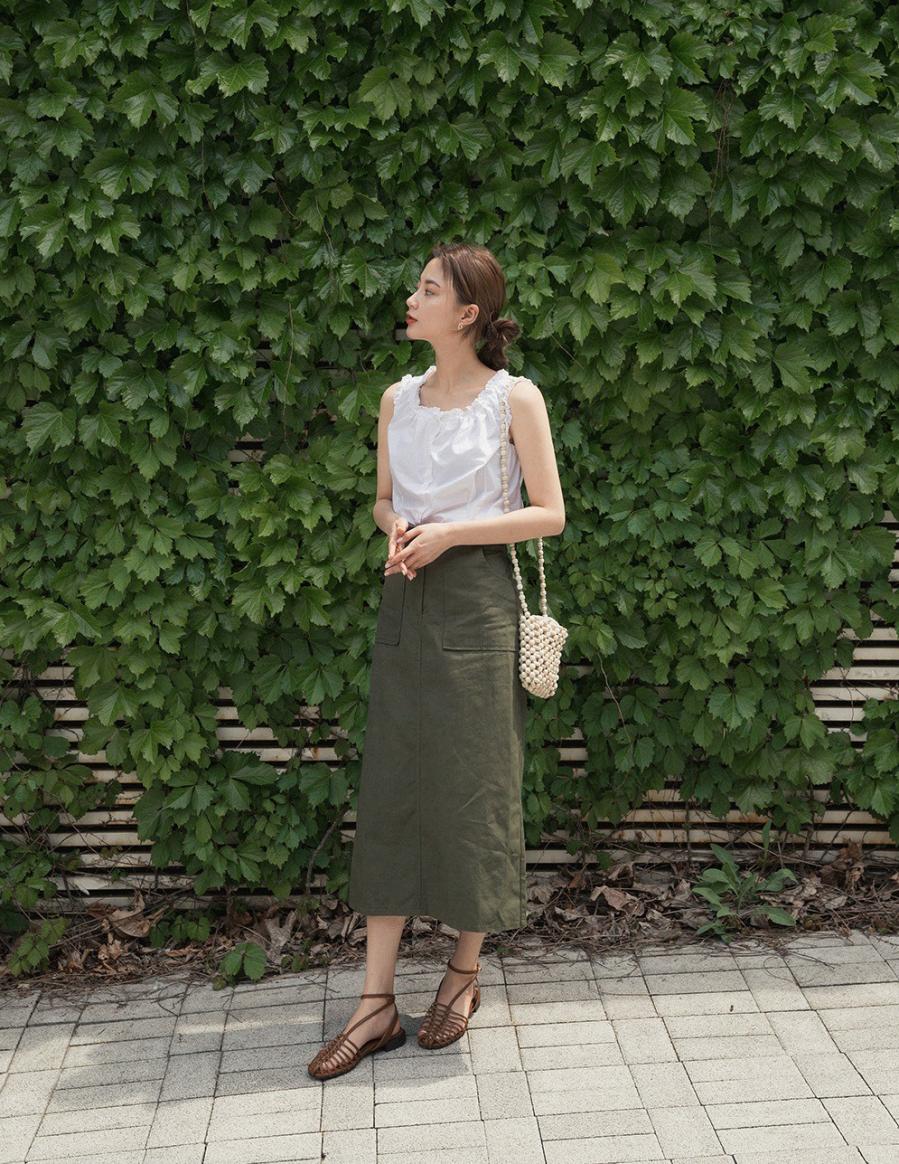 Các mẫu váy phát huy tác dụng 'kéo dài chân' vô cùng tiện lợi cho các nàng 'nấm lùn' - Ảnh 1