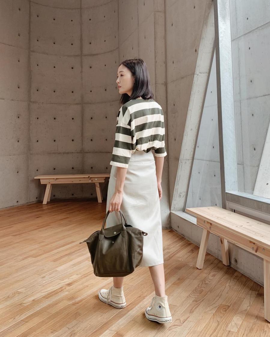 Các mẫu váy phát huy tác dụng 'kéo dài chân' vô cùng tiện lợi cho các nàng 'nấm lùn' - Ảnh 2