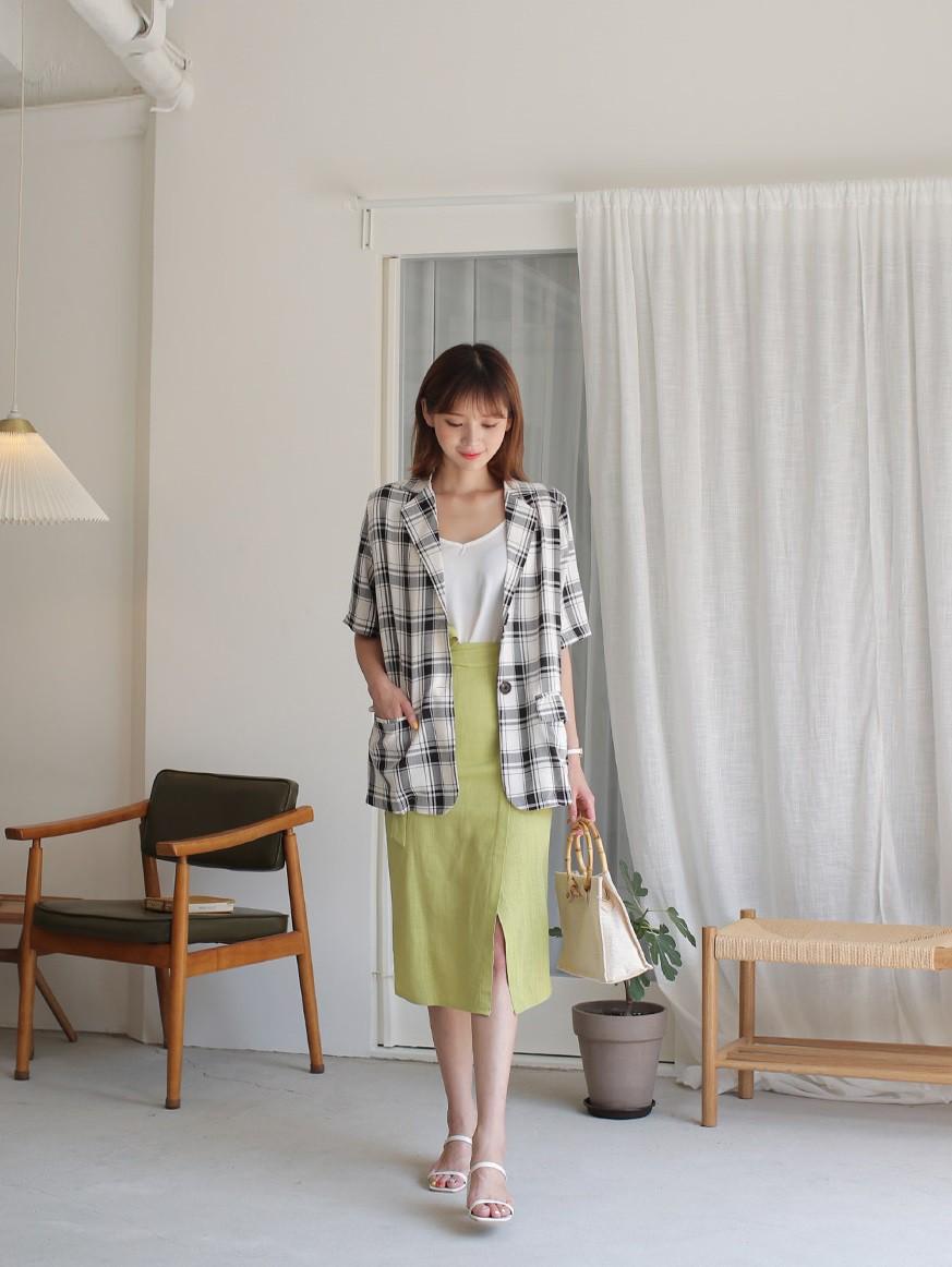 Các mẫu váy phát huy tác dụng 'kéo dài chân' vô cùng tiện lợi cho các nàng 'nấm lùn' - Ảnh 9