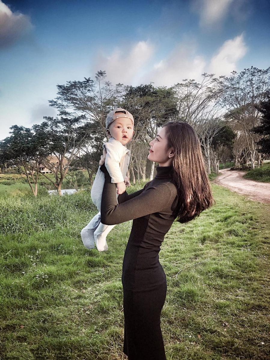 Chúng Huyền Thanh chia sẻ bí quyết thổi bay 20kg chỉ trong 3 tháng sau khi sinh - Ảnh 1