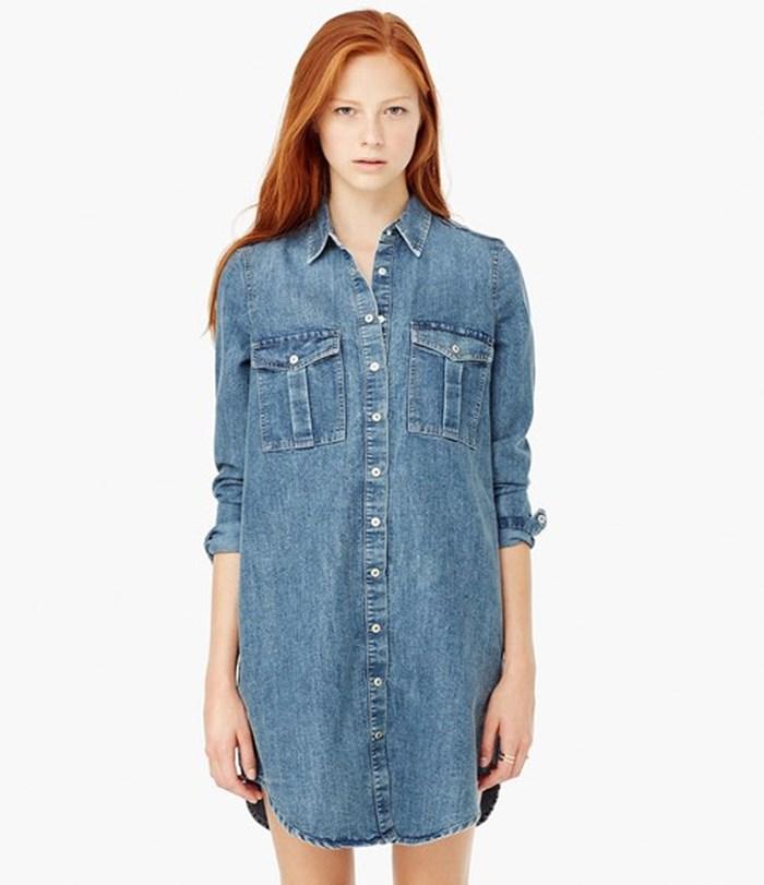 """Những mẫu đầm jean suông đang khiến tín đồ thời trang thế giới phải """"điên đảo"""" - Ảnh 3"""