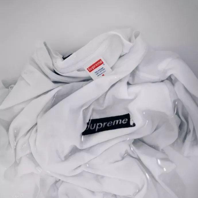 Thích áo phông, mặc nhiều là thế nhưng bạn có biết cách giữ cho chiếc áo của mình bền đẹp như mới - Ảnh 5