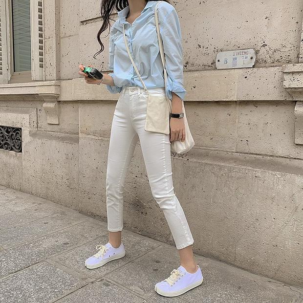4 món đồ jeans bạn nên tậu gấp để bước vào mùa thu với style trẻ xinh và siêu cấp sành điệu - Ảnh 9