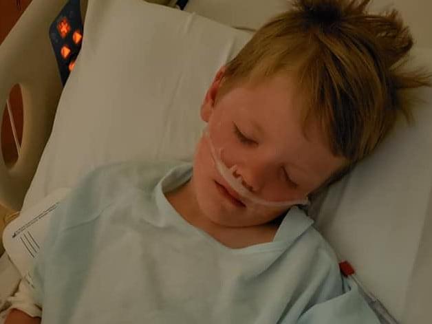 Con trai thoát chết ngoạn mục, người mẹ lên tiếng cảnh báo các phụ huynh về tai nạn kinh hoàng đứa trẻ nào cũng có thể gặp phải - Ảnh 2