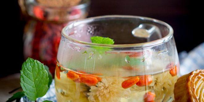 Hướng dẫn cách pha trà hoa cúc táo đỏ, trà hoa cúc mật ong uống hàng ngày