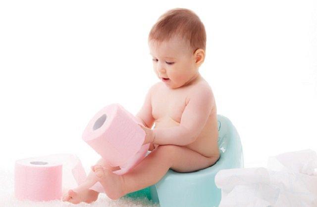 Trẻ sơ sinh bị táo bón: Dấu hiệu và cách chữa trị - Ảnh 1