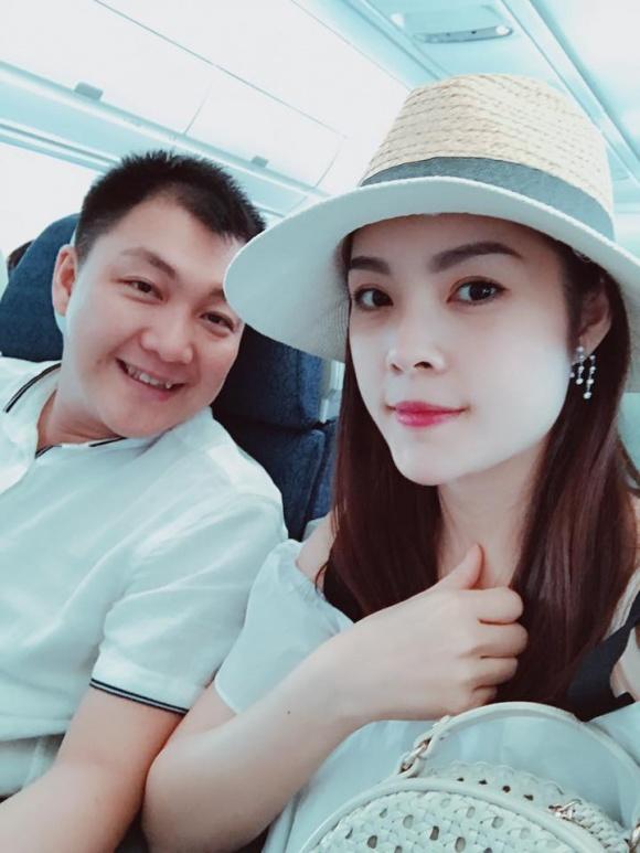 Cuộc sống giàu sang ngôn tình của Dương Cẩm Lynh trước khi chia tay người chồng từng chi 3 triệu mỗi ngày mua hoa tặng vợ - Ảnh 2