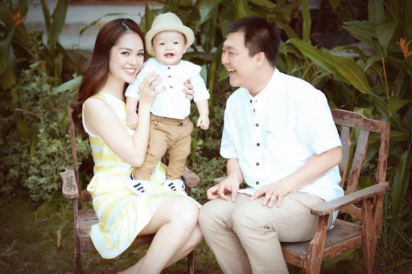 Cuộc sống giàu sang ngôn tình của Dương Cẩm Lynh trước khi chia tay người chồng từng chi 3 triệu mỗi ngày mua hoa tặng vợ - Ảnh 4