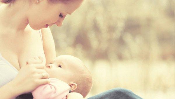 6 sai lầm trong cách cai sữa cho bé mà người mẹ cần tránh - Ảnh 1