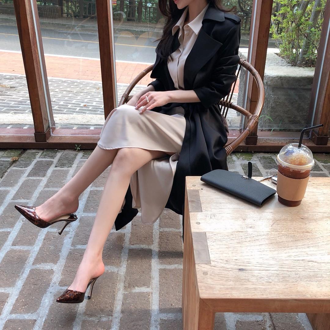 Giày khuyết gót - item dù mang đế bệt cũng kéo dài chân cực khéo, lại nữ tính và trang nhã vô cùng - Ảnh 2