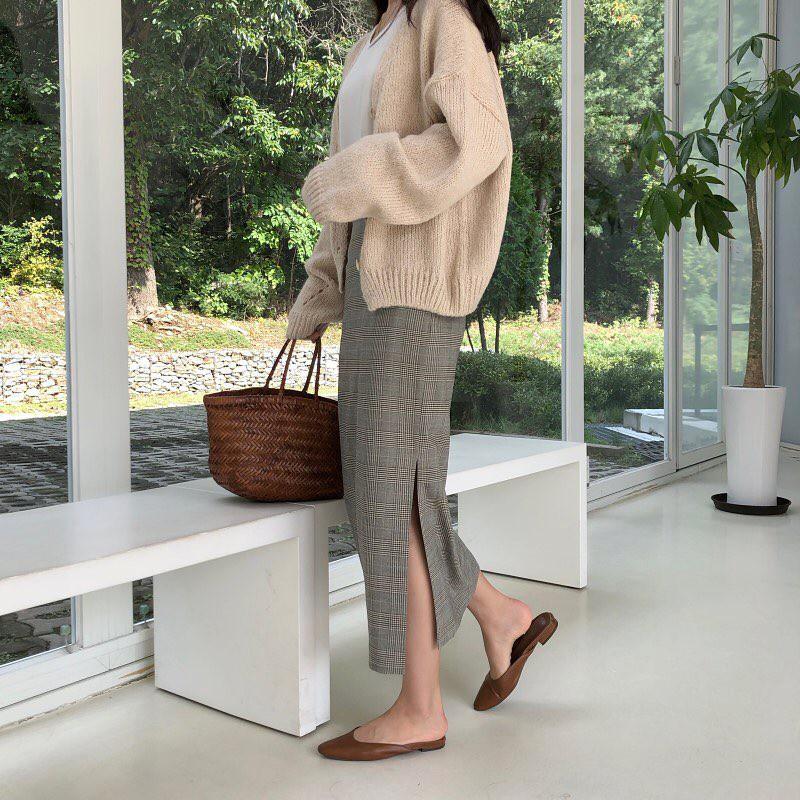 Giày khuyết gót - item dù mang đế bệt cũng kéo dài chân cực khéo, lại nữ tính và trang nhã vô cùng - Ảnh 3