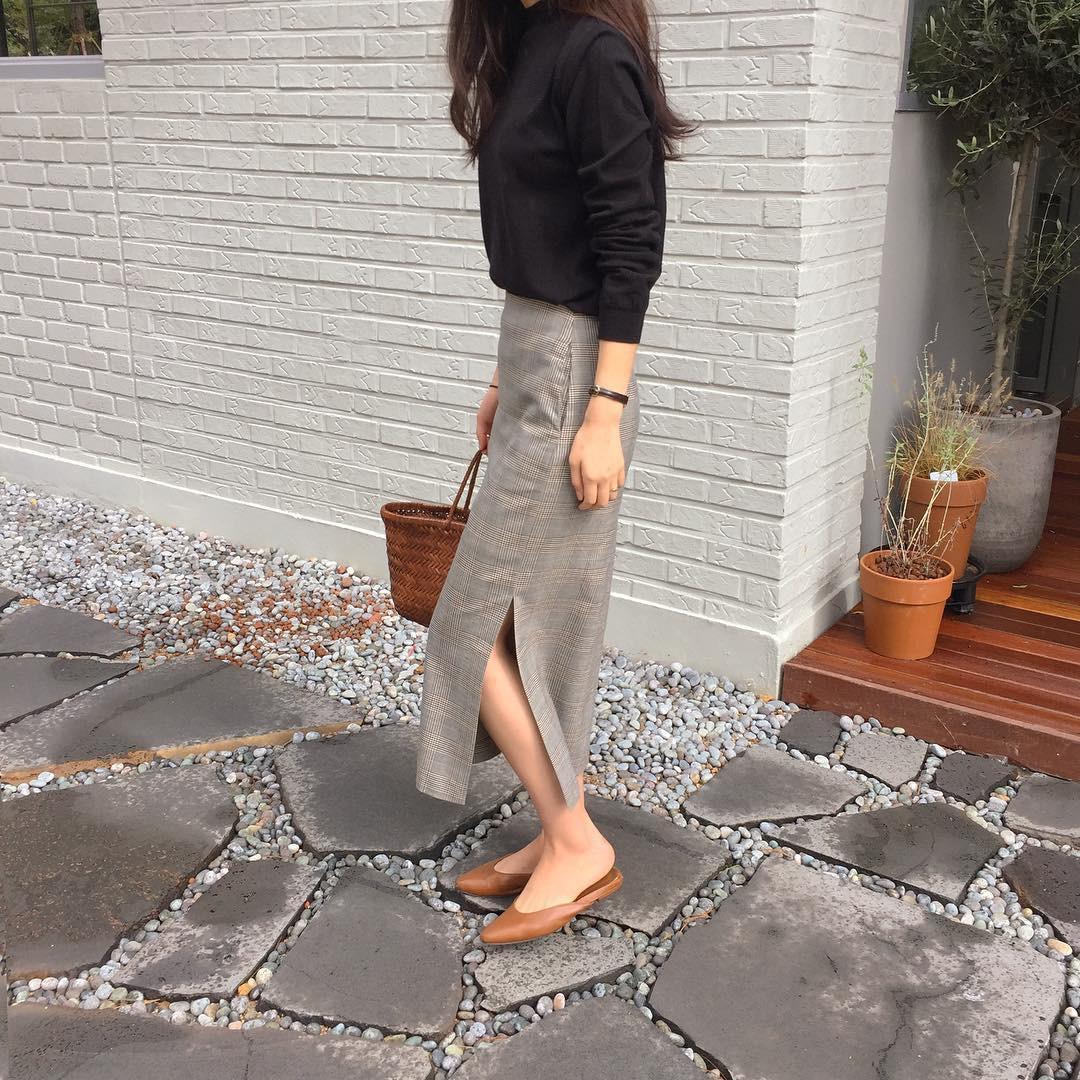 Giày khuyết gót - item dù mang đế bệt cũng kéo dài chân cực khéo, lại nữ tính và trang nhã vô cùng - Ảnh 5