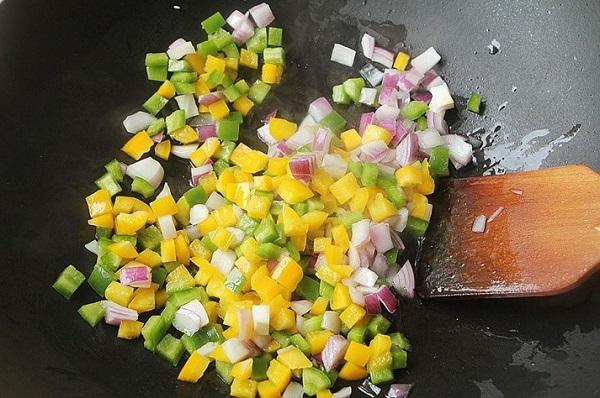 Đâu chỉ có xào chua ngọt, sườn nấu theo cách này cũng khiến cả nhà 'vét sạch nồi cơm' - Ảnh 4