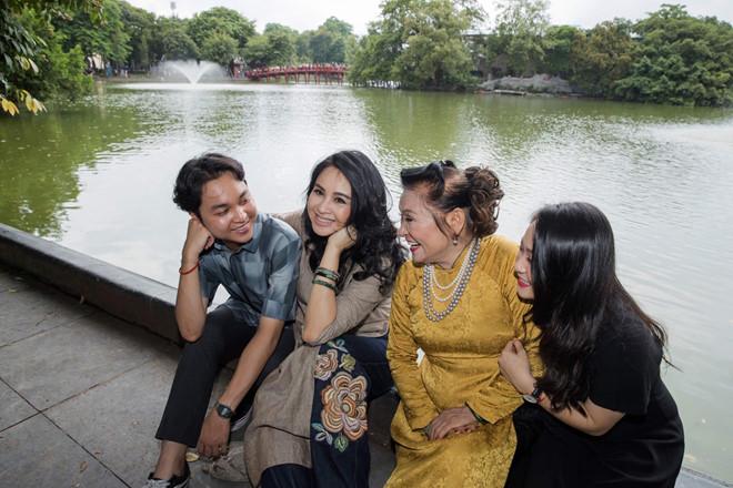 Nhan sắc của ba thế hệ trong gia đình Thanh Lam - Ảnh 2