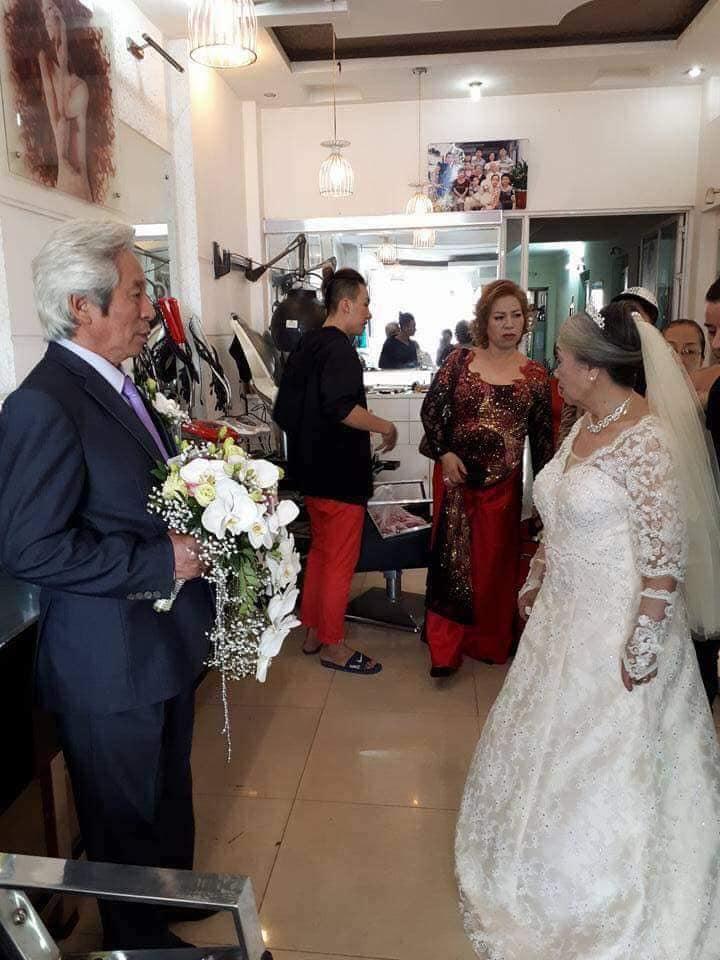 Bức ảnh đám cưới kim cương đong đầy yêu thương của 'ông bà anh' khiến cư dân mạng trầm trồ ngưỡng mộ - Ảnh 3