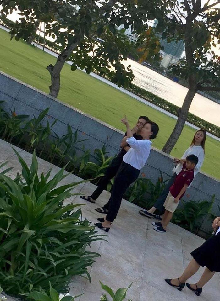 'Rụng tim' với khoảnh khắc gần gũi 'má kề má' giữa Đàm Thu Trang và Cường Đô la  - Ảnh 4