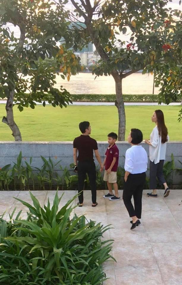 'Rụng tim' với khoảnh khắc gần gũi 'má kề má' giữa Đàm Thu Trang và Cường Đô la  - Ảnh 5