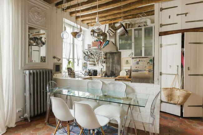 Ngôi nhà cổ xuất hiện từ thế kỷ 18 ở Paris vẫn đẹp ăn đứt các ngôi nhà bây giờ - Ảnh 4