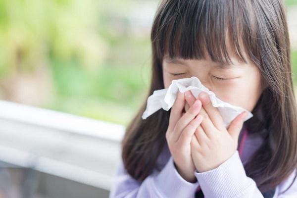4 bệnh trẻ dễ mắc vào mùa đông và cách phòng tránh - Ảnh 1