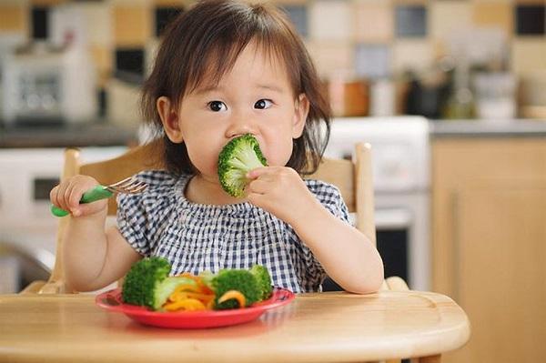 5 nguyên tắc trong ăn uống giúp trẻ khỏe mạnh, mau lớn, ít ốm vặt - Ảnh 4