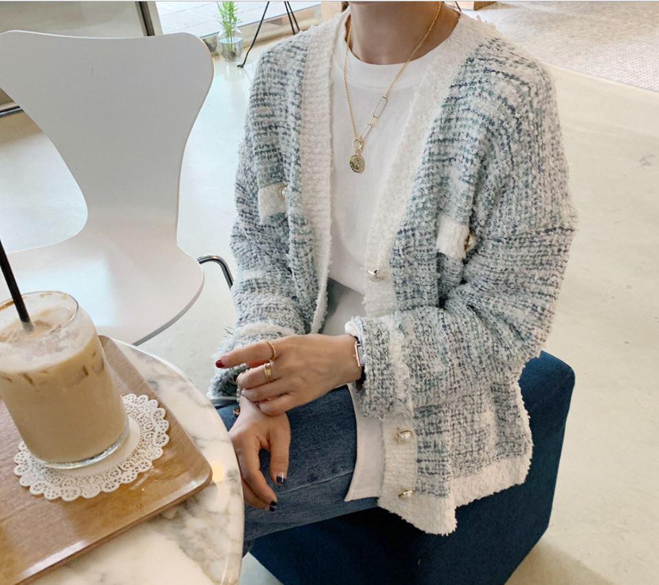 Áo khoác vải tweed: Món đồ tiêu biểu và cực đáng sắm cho tủ đồ Đông năm nay - Ảnh 4