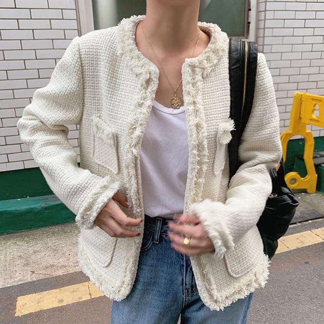 Áo khoác vải tweed: Món đồ tiêu biểu và cực đáng sắm cho tủ đồ Đông năm nay - Ảnh 6