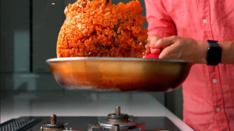 Mùa đông thì phải học ngay người Hàn làm món cơm chiên 'chuẩn chỉnh' này - Ảnh 4
