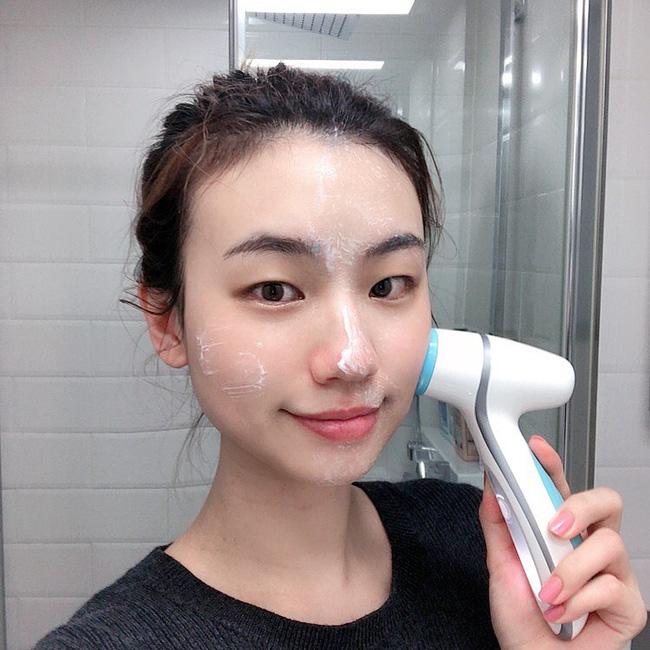 Xin nhấn mạnh: 6 lỗi rửa mặt sau không chỉ khiến da xấu đi mà còn gây lão hóa với tốc độ ánh sáng - Ảnh 5