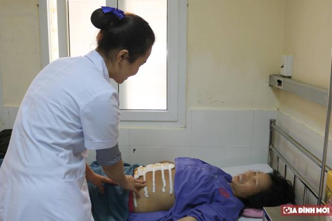 Sản phụ vỡ ối, thai nhi lòi tay ra ngoài, bác sĩ khuyến cáo phụ nữ mang bầu thai ngang - Ảnh 1