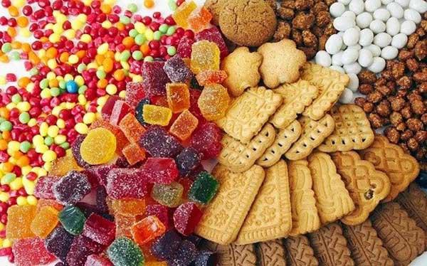 Trẻ bị viêm tai giữa: Kiêng ăn gì để nhanh khỏi bệnh? - Ảnh 1
