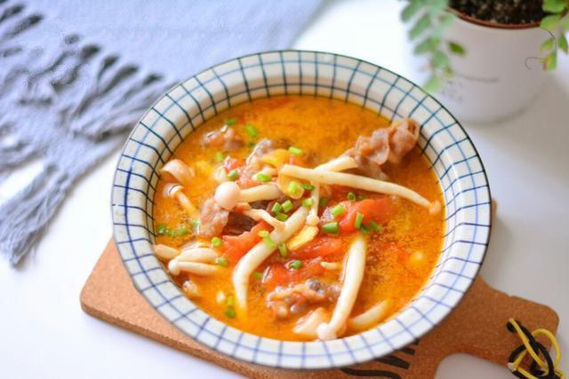 Ngọt thơm canh bò nấu nấm cho bữa cơm mùa đông thêm hấp dẫn - Ảnh 5