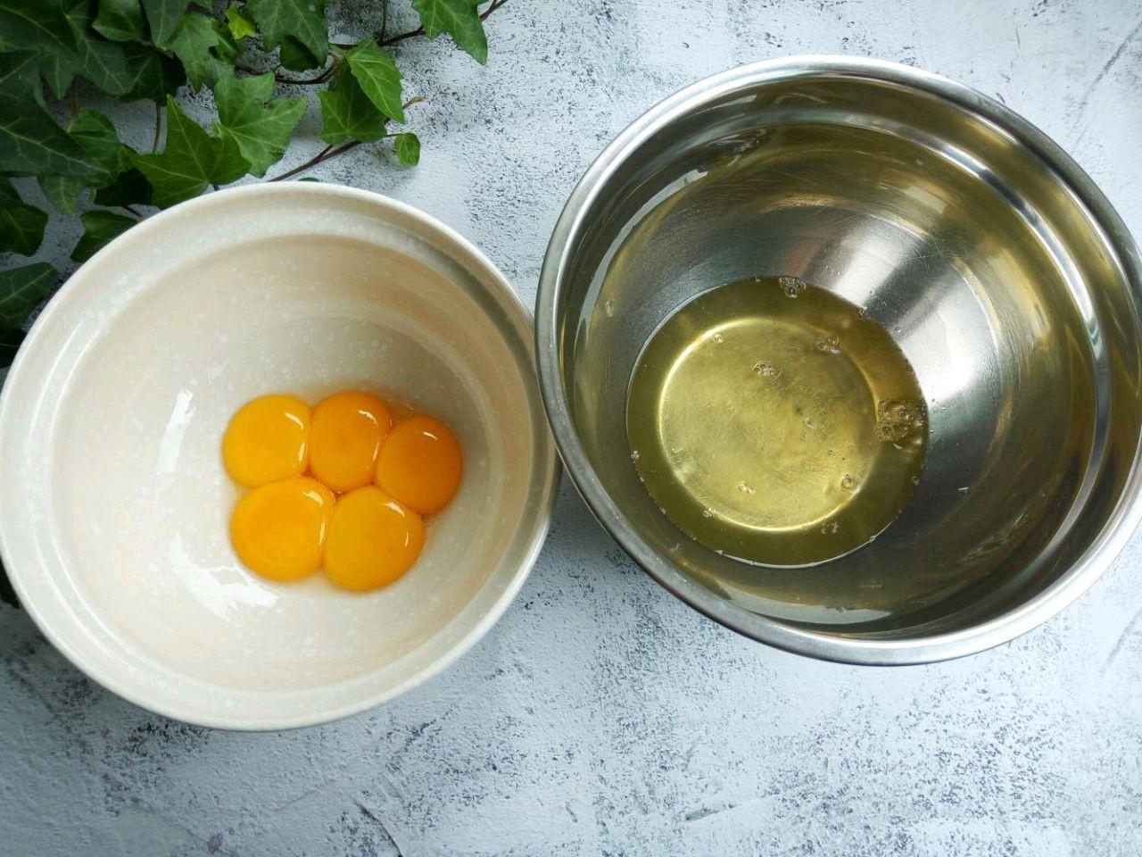 Công thức bánh bông lan 'đệ nhất' mềm mịn - ai ăn cũng nức nở khen ngợi - Ảnh 1
