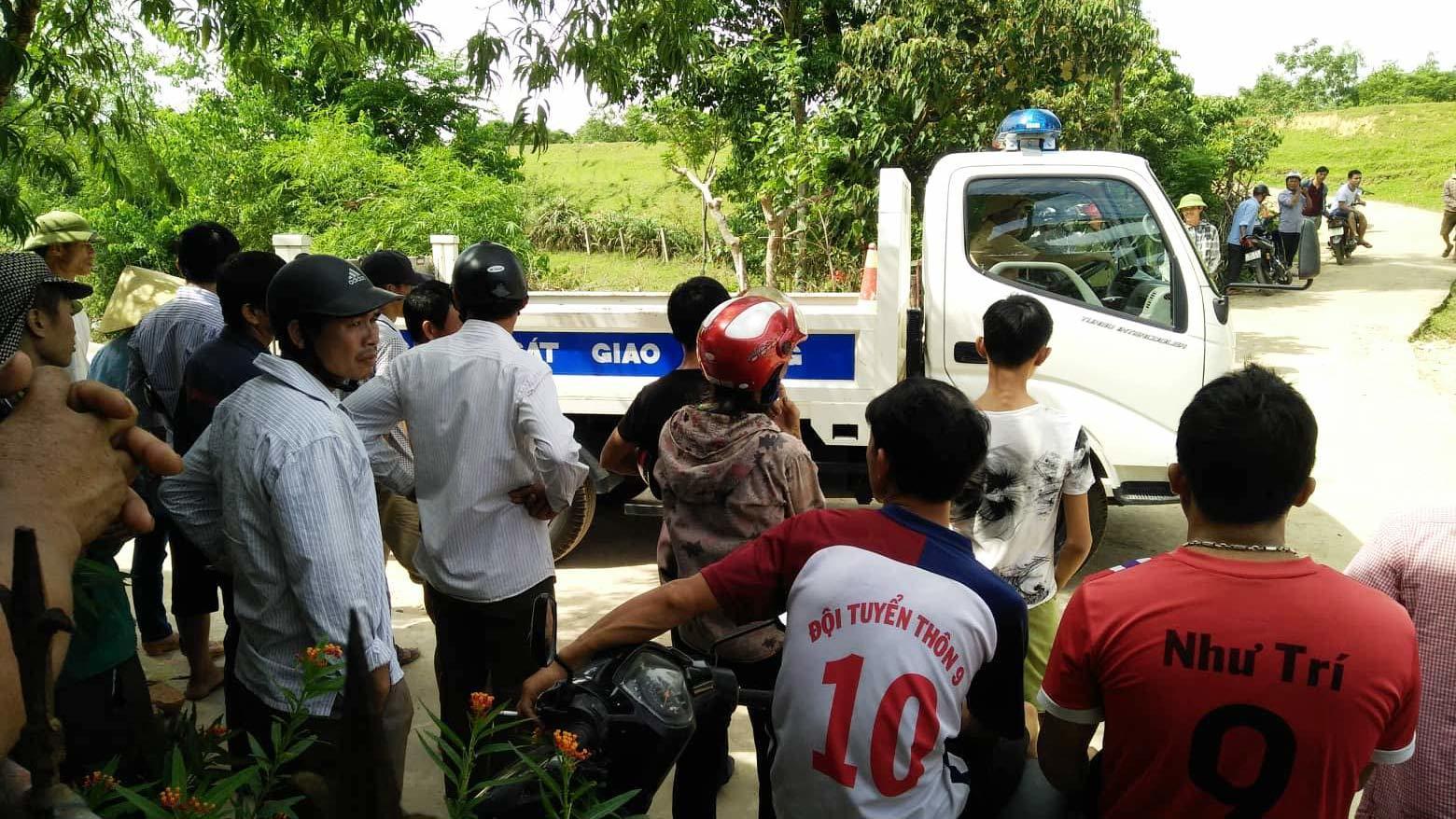 TP.HCM: Mẹ khóc ngất vì không cứu được con gái 2 tuổi bị xe ben tông chết trước nhà - Ảnh 3