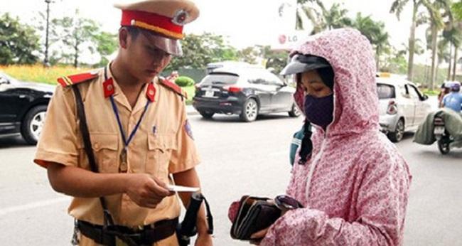 Xử phạt xe không chính chủ: 'Đi xe của người thân bị xử phạt là không chính xác' - Ảnh 2