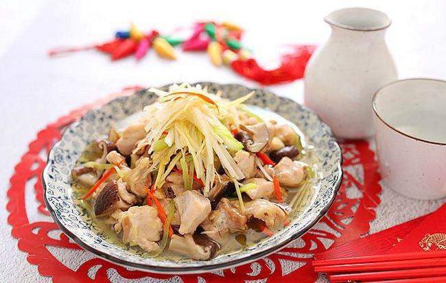 Món gà hấp nấm làm trong có 15 phút mà ngon ngỡ ngàng - Ảnh 1