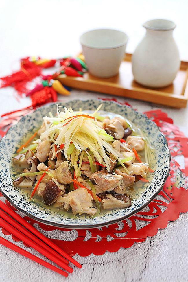 Món gà hấp nấm làm trong có 15 phút mà ngon ngỡ ngàng - Ảnh 4