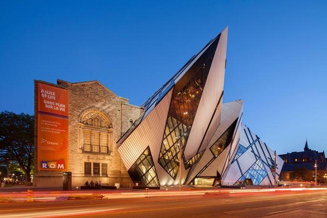 Chiêm ngưỡng vẻ đẹp tuyệt mỹ của 9 công trình lịch sử sau cải tạo - Ảnh 6