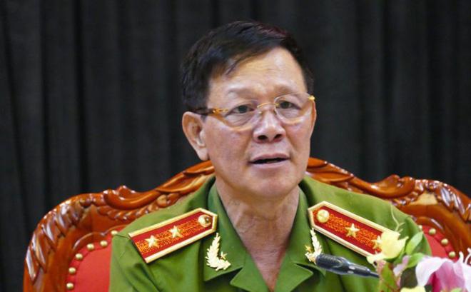 Trung tướng Phan Văn Vĩnh: 'Thông cảm cho tôi, tôi đang có việc' - Ảnh 1