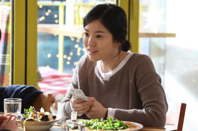 Uống 3 lít nước chanh mỗi ngày: Đây chính là cách giảm cân đặc biệt của Song Hye Kyo - Ảnh 4