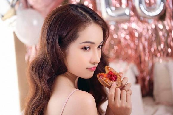 Dương Khắc Linh tự tay trang trí tiệc sinh nhật, ngọt ngào gửi lời chúc cực tình đến bạn gái - Ảnh 2