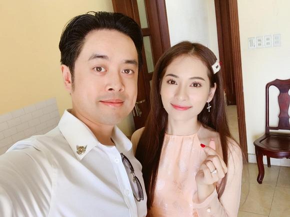 Dương Khắc Linh tự tay trang trí tiệc sinh nhật, ngọt ngào gửi lời chúc cực tình đến bạn gái - Ảnh 7