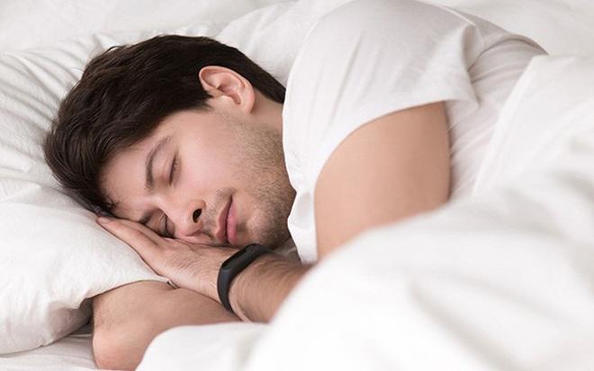 Ngủ quá nhiều con người sẽ đối mặt với 5 loại bệnh nguy hiểm - Ảnh 1