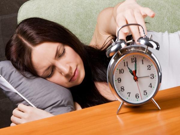 Ngủ quá nhiều con người sẽ đối mặt với 5 loại bệnh nguy hiểm - Ảnh 2