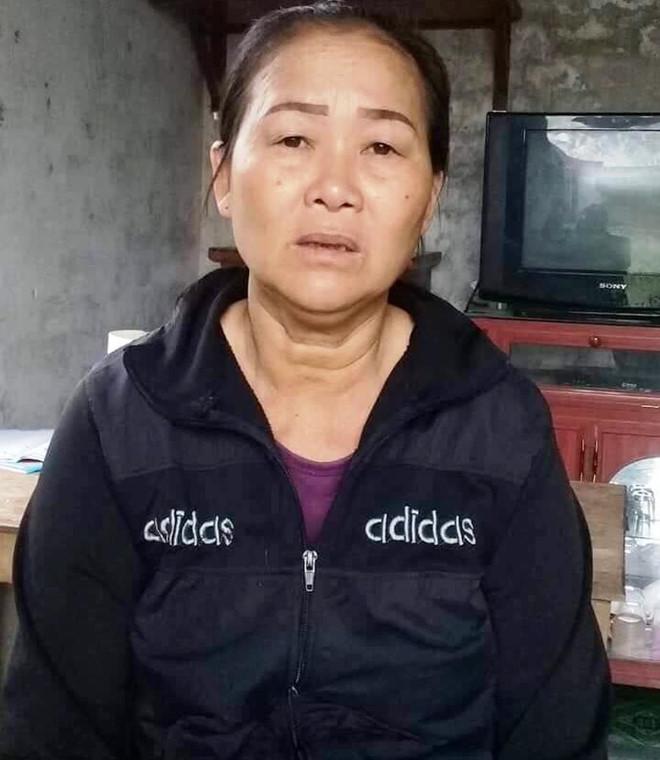 Người phụ nữ hoảng loạn vì bị đánh đập, hô hoán bắt cóc sau khi cho bé gái lạc đường ăn cơm - Ảnh 1