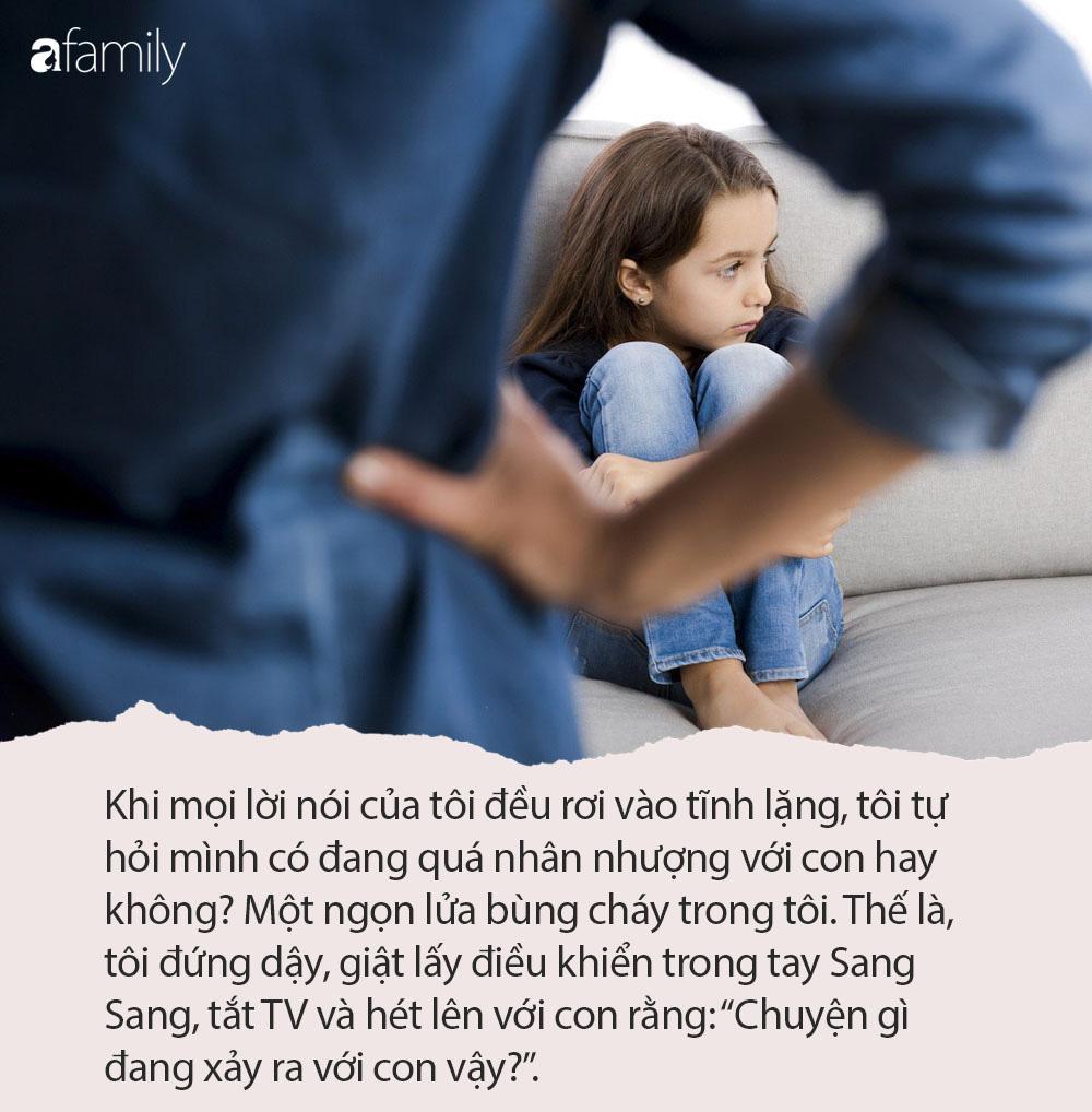 'Mẹ đã không chơi với con, mẹ chỉ mải nhìn vào điện thoại' - câu chuyện nhỏ mà bố mẹ nào cũng nên đọc một lần - Ảnh 1