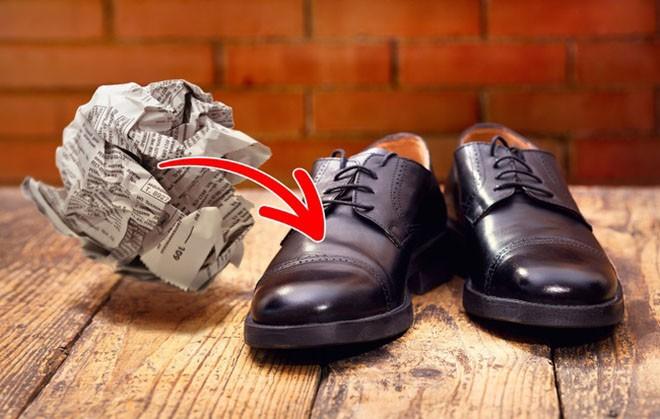 Cần gì ra tiệm, chỉ với 15 mẹo vặt này, giày của bạn sẽ luôn thơm tho và sáng bóng như mới - Ảnh 15