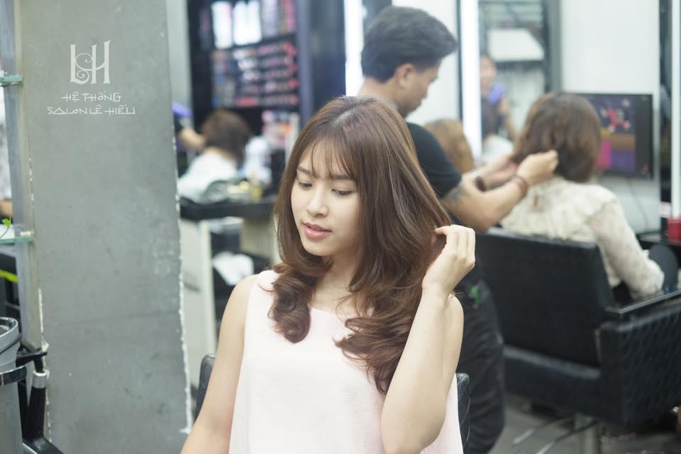 Chuyên gia tư vấn chọn màu nhuộm tóc phù hợp giúp cô nàng da ngăm đen 'lên đời' nhan sắc - Ảnh 10