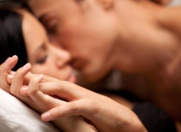 Sự thật về độ tuổi nên ngừng quan hệ tình dục - Ảnh 1